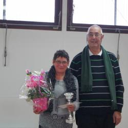 Gérard Prin,  a remis le 1er prix féminin à Nicole Lhotellier