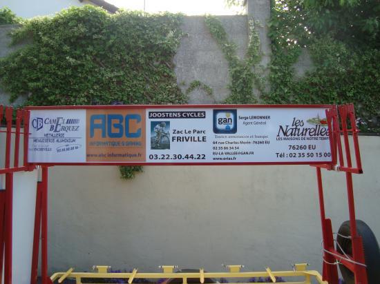 La remorque du club et nos sponsors